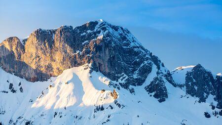 Beautiful view of famous Watzmann mountain peak on a cold day in winter 免版税图像