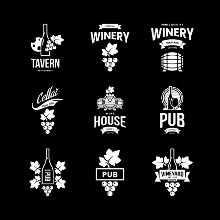 Modern wine vector isolated logo collection for tavern, restaurant, house, shop, store, club and cellar. Premium quality vinery logotype illustration set. Fashion brand badge design template bundle. Banque d'images - 120438815