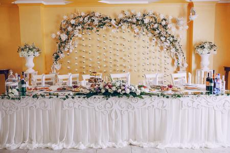 excellent restaurant buffet décoration de mariage qui ressemble savoureuse