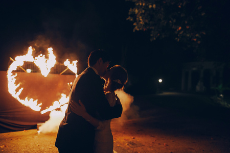 fireshow in awedding