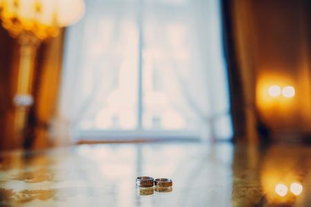 wedding rings HD 版權商用圖片