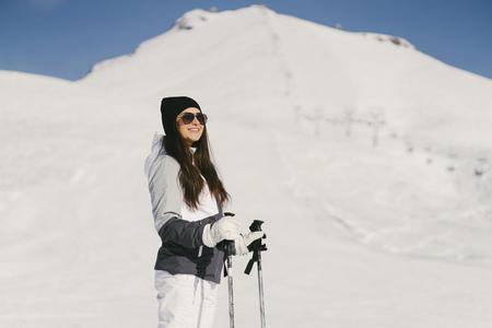 girl with ski 版權商用圖片
