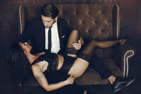 Sexy couple at home Banco de Imagens - 118226450