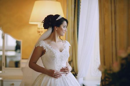 Bride in crown Stockfoto