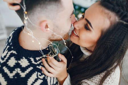 christmas couple Zdjęcie Seryjne - 159595887
