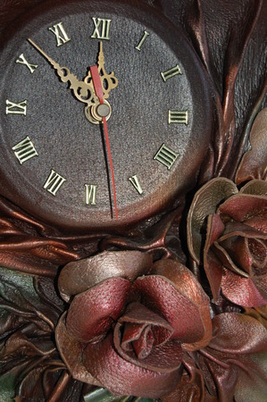 applique flower: Old clock two. Time 11.52