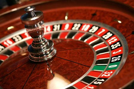 roulett: Casino Roulette weel Holz braun close-up