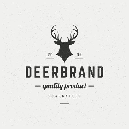 鹿は、ラベル、バッジ、t シャツ、その他のデザインのビンテージ スタイルでデザイン要素を頭します。狩猟クラブ レトロなベクター イラストです  イラスト・ベクター素材