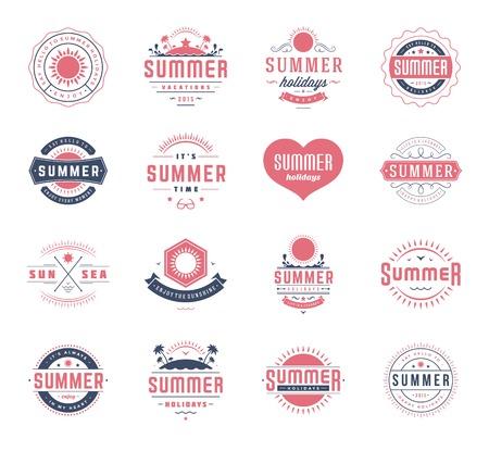estate: Estate elementi di design e vacanze insieme tipografia. Retro e modelli d'epoca. Etichette, Badge, Poster, T-shirt, abbigliamento. Vector set. Beach vacanza, party, viaggi, paradiso tropicale, avventura.