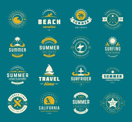 여름 휴가 디자인 요소와 타이포그래피 세트.
