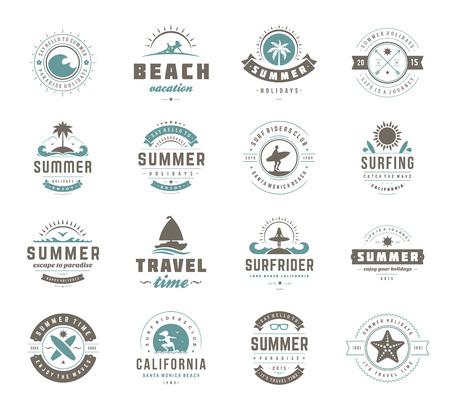 夏の休日のデザイン要素とタイポグラフィを設定します。