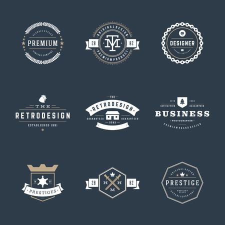 レトロなヴィンテージ徽章またはアイコンを設定します。ベクター デザイン要素、ビジネス印、アイコン、アイデンティティ、ラベル、バッジおよ  イラスト・ベクター素材