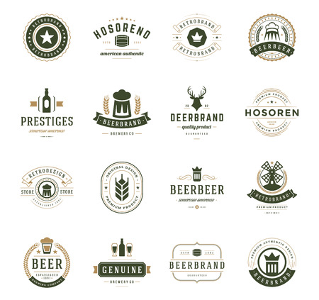 glasses of beer: Set Beer Logos, Badges and Labels Vintage Style. Design elements retro vector illustration.