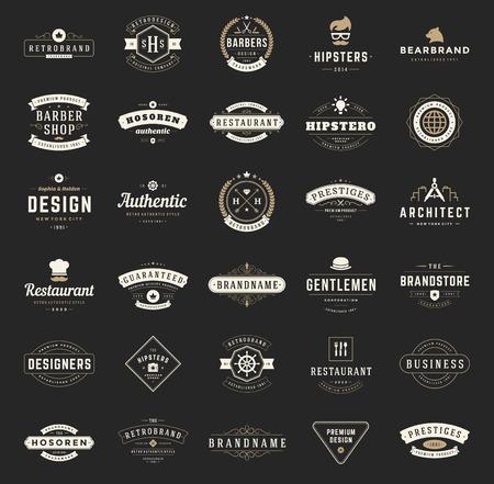 Retro Vintage Logos of insignes ingesteld. Vector design elementen, bedrijfsleven tekenen, logo's, identiteit, etiketten, insignes, overhemden, linten en andere branding objecten. Stock Illustratie