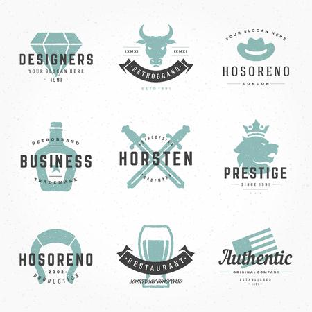 Carnicería: Retro Logotipos o insignias vintage Dibujado a mano conjunto de estilos. Vector de elementos de diseño, letreros comerciales, logotipos, identidad, etiquetas, escudos, ropa, camisetas, cintas, pegatinas y otros objetos de marca. Vectores