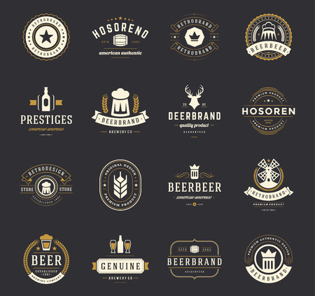 glasses of beer: Set Beer Badges and Labels Vintage Style. Design elements retro vector illustration. Illustration
