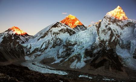 Evening view of Everest and Nuptse from Kala Patthar 版權商用圖片