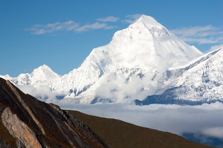 icefall: dhaulagiri from thorung la pass
