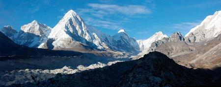 ri: khumbu valley, khumbu glacier and pumo ri peak - nepal