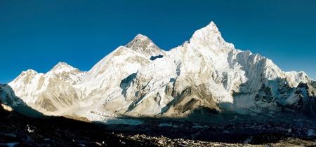 mount everest: Abend Aussicht auf Everest und Nuptse aus Kala Patthar