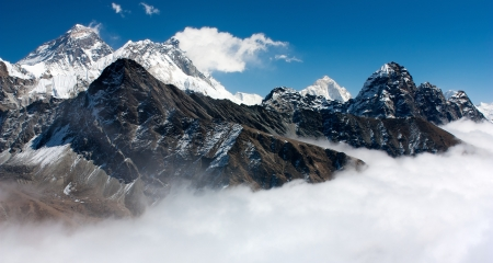 himalaya: view of everest from gokyo ri
