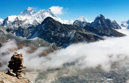 vue de Gokyo Ri à l'Everest Banque d'images