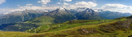 panoramatic: view from Kitzbuheler Alpen to gerlospass, Hohe Tauern and Zillertaler Alpen - Reichenspitze Wollbachspitze - Austria Stock Photo