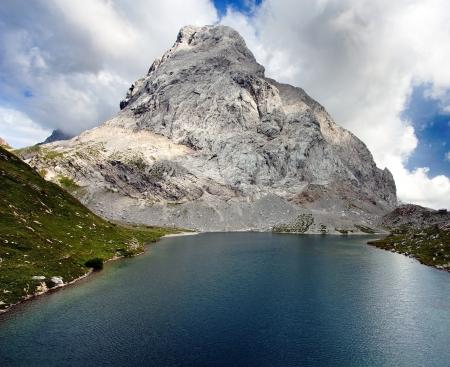 alpen: view of Wolayer See lago or Lago Volaya and Hohe Warte or Mount Coglians - Alpi Carniche or Karnische Alpen - Austria Itali border