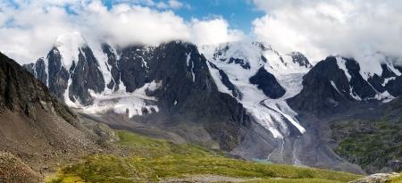 panoramic view of savlo rock face - altai range - mountains russia