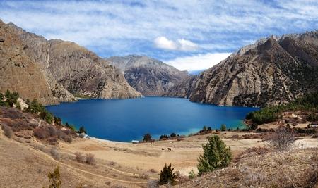 tal: Phoksundo Tal or Ringmo Lake - Shey Phoksundo National Park - Dolpo - Western Nepal