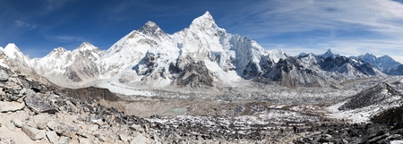 mountain peak: panoramic view of Mount Everest with beautiful sky and Khumbu glacier from Kala Patthar - Khumbu valley - way to Everest base camp - Nepal