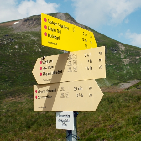 Signpost of hiking trails in the Alp Stock Photo