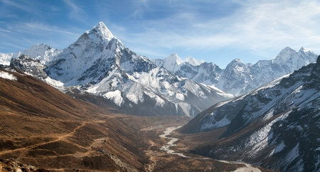 high sierra: Panoramic beautiful view of mount Ama Dablam with beautiful sky