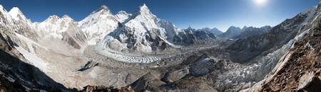 high sierra: Beautiful view of mount Everest, Lhotse and nuptse from Pumo Ri base camp - way to Everest base camp, Khumbu valley, Sagarmatha national park, Nepal Stock Photo