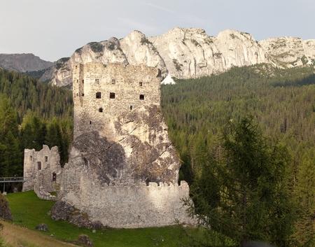 lithic: Castello or Castle Buchenstein under Col Di Lana, Livinallongo, South Tirol, Dolomiten mountains, Italien European Alps