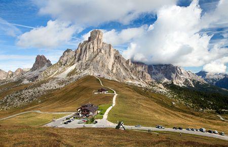 ra: Passo Giau near Cortina d Ampezzo and mout Ra Gusela and Nuvolau, Dolomites, Italy