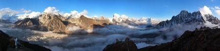 inversion: Evening panoramic view of Mount Everest, Lhotse, Makalu and Cho Oyu from Gokyo Ri - Khumbu valley, sagarmatha national park - Nepal Stock Photo