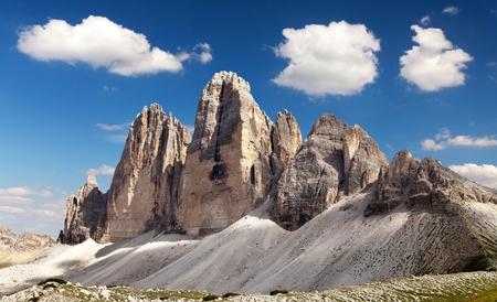 italien: View of Drei Zinnen or Tre Cime di Lavaredo with beautiful cloud on sky, Sextener Dolomiten or Dolomiti di Sesto, South Tirol, Dolomites mountains, Italien Alps Stock Photo