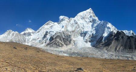 Panoramic view of himalayas mountains, Mount Everest and Khumbu Glacier from Kala Patthar - way to Everest base camp, Khumbu valley, Sagarmatha national park, Nepalese himalayas Stock Photo