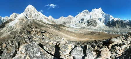 Panoramic view of Mount Everest, Nuptse, Pumo Ri and Kala Patthar, way to Everest base camp, Sagarmatha national park, Khumbu valley, Solukhumbu, Nepal Himalayas mountains Stock Photo