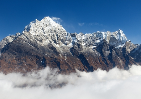 View of mount Thamserku from Kongde, Khumbu valley, Solukhumbu, Nepal Himalayas mountains Stock Photo
