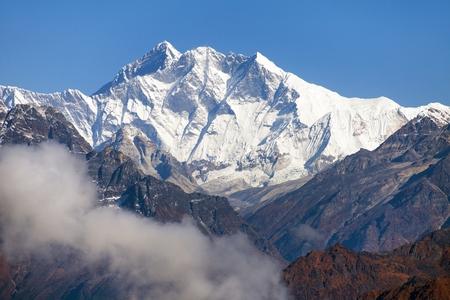 Mount Everest and Lhotse from Silijung hill near Salpa pass, great himalayan range, Nepal himalayas mountains Stock Photo - 124957867