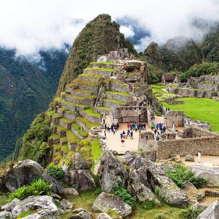 Machu Picchu, panoramic view of peruvian incan town, unesco world heritage site, sacred valley, Cusco region, Peru 스톡 콘텐츠