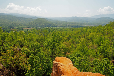 Scenic view of the summit of noon, In the summer
