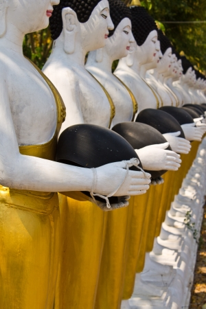 Buddha Statues in Wat Changkhum photo