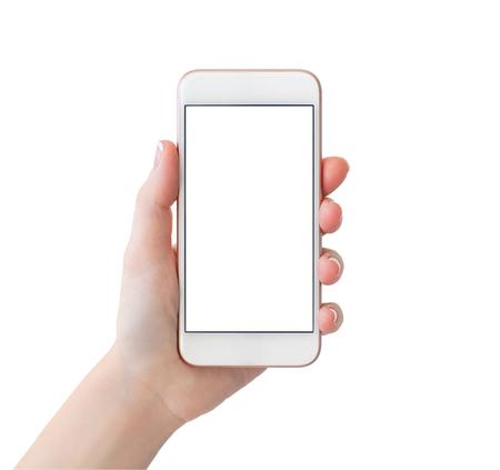 mano de la mujer que sostiene el teléfono con la pantalla en blanco aislado