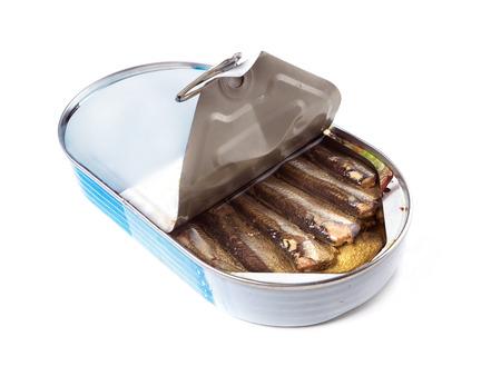 sardinas: Poder abierta de espadines ahumados, filmado en blanco