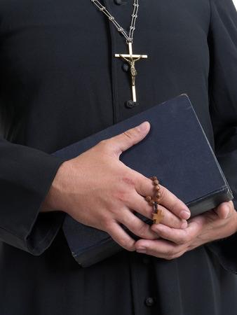 sacerdote: Primer plano de sacerdote católico Foto de archivo