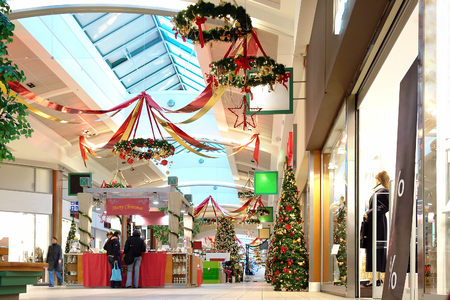 Seasonally decorated shopping mall passage