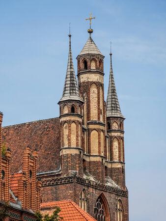 torun: Pictturesque Gothic townhouses in Old Town Torun, Poland